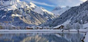 瑞士湖光山色